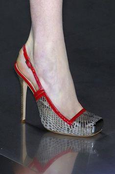 Alexander McQueen ~ Grey Snakeskin Slingback Pump w Red Leather Trim