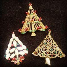 Regular Christmas Tree Pins $9.50 each  #MercantileM #Andersonville #vintagejewelry