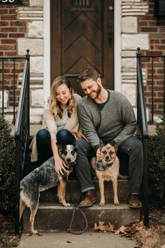 Housewarming announcement photo, family photo with dogs