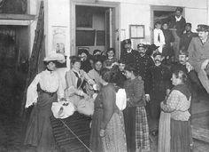 antiguas 1890's Buenos Aires. Bomberos voluntarios de La Boca y damas de caridad, reparto de ropa a los pobres