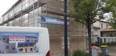 Rénovation en ENDUIT PIERRE pour cette jolie maison de ville à Niort. L'enduit sculpté permet de valoriser. 🦎⚒.