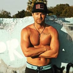 Kip Moore Reveals Details About His New Album, Relationships, and His Love for Shania Twain: Glamour.com