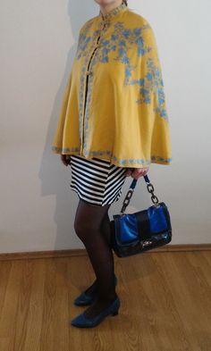 Vintage embroidered cape, vintage snakeskin pumps, worn with a striped dress Striped Dress, Snake Skin, 1930s, Cape, Pumps, Modern, Clothes, Vintage, Dresses