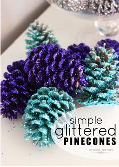 Best DIY Ideas for Wintertime - Glittered Pinecones - Winter Crafts with Snowflakes, Icicle Art and Projects, Wreaths, Woodland and Winter Wonderland Decor, Mason Jars and Dollar Store Ideas - Easy DIY Ideas to Decorate Home and Room for Winter - Creative Home Decor and Room Decorations for Adults, Teens and Kids http://diyjoy.com/diy-ideas-wintertime