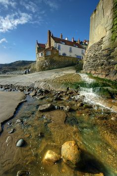 Robin Hood's Bay, North Yorkshire, England - the inspiration for Kearton Bay Yorkshire England, Yorkshire Dales, North Yorkshire, Visit Yorkshire, Cornwall England, England Ireland, England And Scotland, Landscape Photos, Landscape Photography
