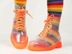 gum boots martin madmia | Transparent GUMBOOTS RAIN BOOTS Gum Boots MARTIN boots FREE RAINBOW ... Grunge Fashion, Cute Fashion, Travel Raincoat, Rainbow Socks, Summer School Outfits, Festival Hair, Martin Boots, Character Outfits, Rain Wear