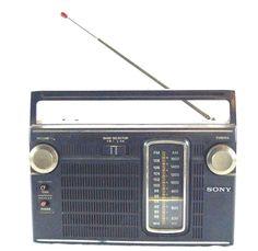 Vintage Portable Sony 10 Transistor AM/FM Radio TFM-7150W AC/DC works