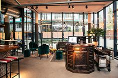 Het restaurant Ayla is de nieuwe hotspot van Rotterdam Restaurant Mediterranean  Train station City center Theatre  Film festival Dinner, breakfast, lunch