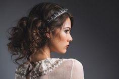 結婚式お呼ばれヘア!ヘアアクセサリー・カチューシャアレンジ12選 - 結婚式場口コミ「ウエディングパーク」