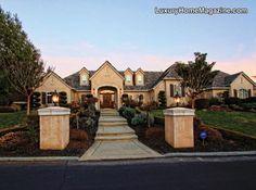 Luxury Home Magazine Sacramento #Luxury #Homes #Walkway