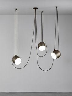 AIM pendant lamp By Flos design Ronan & Erwan Bouroullec - Beleuchtung Interior Lighting, Home Lighting, Lighting Design, Pendant Lamp, Pendant Lighting, Flos Lamp, Boutique Deco, Interior Decorating, Interior Design