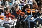 Onda sonora di solidarietà: concerti e spettacoli!  http://www.regione.emilia-romagna.it/notizie/primo-piano/terremoto-non-si-ferma-londa-sonora-di-solidarieta