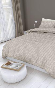 Natuurkleuren zijn rustgevend en helemaal trendy! Het mooie Bubbles dekbedovertrek van het merk Romanette geeft hierdoor je slaapkamer een smaakvolle, persoonlijke sfeer. De tint beige doet het heel goed in combinatie met taupe, zand, of wit.
