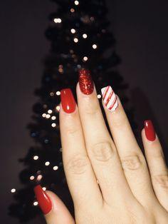 Make an original manicure for Valentine's Day - My Nails Christmas Gel Nails, Christmas Nail Art Designs, Holiday Nails, Cute Gel Nails, Aycrlic Nails, Simple Acrylic Nails, Summer Acrylic Nails, Summer Nails, Nail Art Noel