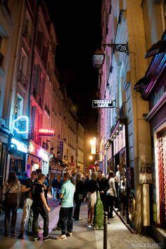 Loving this series of Paris at Night photos, all so pretty!