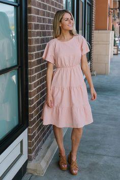 Leslie tiered skirt midi dress in blush - Urlaubsoutfits - Trendy Dresses, Modest Dresses, Modest Outfits, Skirt Outfits, Modest Fashion, Cute Dresses, Casual Dresses, Fashion Outfits, Summer Dresses