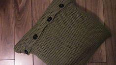 Crochet a pillow case, the cheats way! : Crochet a pillow case, the cheats way! Crochet Cushion Cover, Crochet Cushions, Crochet Pillow, Crochet Stitches, Crochet Patterns, Crochet Tutorials, Crochet Crowd, Free Crochet, Crochet Case