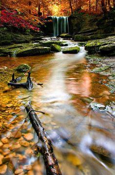 ✯ Autumn Waterfall - Wales, UK
