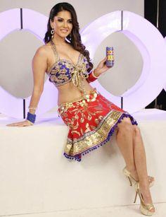 Sunny Leone's XXX moves