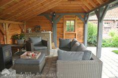 Kapschuur & overkapping | Landelijke Bouwstijl Outdoor Lounge, Outdoor Rooms, Outdoor Living, Outdoor Furniture Sets, Outdoor Decor, Patio Gazebo, Backyard, Gazebo Plans, Garden Living