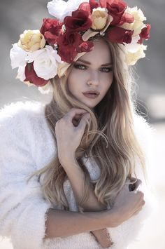 Flowers in her hair/karen cox.Svelto Mag, January 2014 Issue on Behance Floral Headdress, Chantal, Hair Tattoos, Floral Crown, Flowers In Hair, Her Hair, Fashion Photography, Photoshop, Portrait