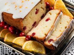 This delectable loaf cake, infused with the fresh-squeezed taste of Simply Orange® and bursting with cranberries, is perfect for your next brunch or holiday gathering! Cranberry Loaf Recipes, Orange Cranberry Loaf, Cranberry Bread, Orange Zest, Just Desserts, Delicious Desserts, Yummy Treats, Dessert Recipes, Yummy Food