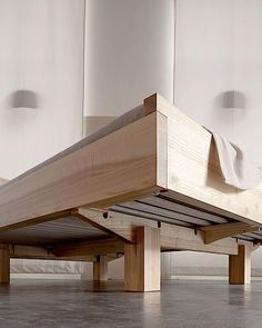 Diy bed frame Diy bed Woodworking furniture Bed Bed frame plans Wood beds - Metalfree bed in the ash ash bed Metalfree woodworking - Pallet Furniture, Furniture Projects, Furniture Plans, Bedroom Furniture, Furniture Design, Bedroom Bed, Bedroom Ideas, Furniture Nyc, Furniture Online