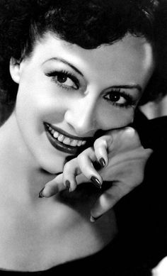 Joan Crawford The Cluttered Classic Attic ❧ Old Hollywood Glamour, Golden Age Of Hollywood, Classic Hollywood, Vintage Hollywood, Hollywood Stars, Joan Crawford, Glamour Movie, Adrienne Ames, Divas