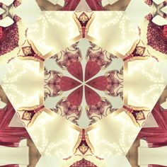 ♥ erigony 's Christmas kaleidoscope Tory Burch, Gift Wrapping, Holidays, Projects, Christmas, Gifts, Gift Wrapping Paper, Log Projects, Xmas