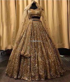 Indian Wedding Lehenga, Indian Lehenga, Gold Lehenga Bridal, Indian Gowns, Indian Weddings, Indian Wear, Indian Wedding Bridesmaids, Pakistani Bridal Lehenga, Red Indian