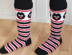 Diy Crochet And Knitting, Crochet Socks, Knitting Socks, Woolen Socks, Marimekko Fabric, Socks And Heels, Stocking Tights, Crazy Socks, Fair Isle Knitting