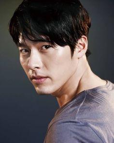 Hyun Bin on Check it out! Hyun Bin, Asian Actors, Korean Actors, Ha Ji Won, Korean Star, Gong Yoo, Kdrama Actors, Korean Artist, Korean Celebrities