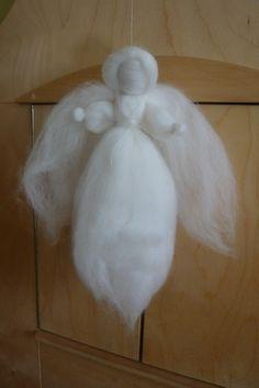 Pakketjes engelen en wol wikkelen