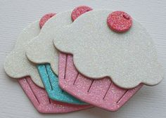 Turn into invitation For Cupcake themed birthday party Candy Christmas Decorations, Diy Christmas Ornaments, Christmas Candy, Birthday Decorations, Foam Crafts, Diy And Crafts, Arts And Crafts, Paper Crafts, Cupcake Party