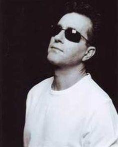 Kostas Bigalis - To kapelaki Good Music, My Music, Round Sunglasses, Mens Sunglasses, Audio, Songs, Videos, Youtube, Style