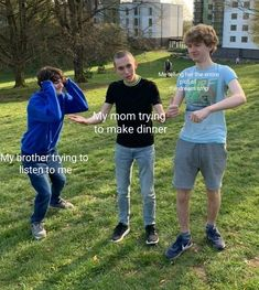 Stupid Memes, Funny Memes, Youtubers, Team Wallpaper, Minecraft Funny, Dream Friends, British Boys, Just Dream, Funny Laugh
