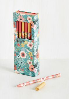 Good Scribes Pen Set. Youre relaxed and ready to create your next poetic masterpiece, so you naturally reach for these floral pens and jump right in! #multi #modcloth