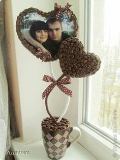 Enhance your Creative Skills Coffee Bean Art, Deco Cafe, Floating Tea Cup, Diy Y Manualidades, Diy Crafts To Do, Free To Use Images, Coffee Crafts, Chocolate Bouquet, Creative Skills