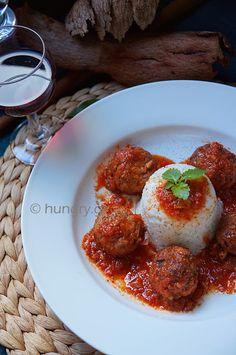 Meatballs in Red Wine Sauce