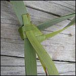 weaving a flax fantail step 13