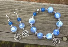 Memory Wire Bracelet and Earring Set in by BlueWillowBracelets
