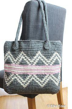 Häkelanleitung für Tasche / Shopper in Grau, Weiß und Rosa mit Muster in der Tapestry-Technik - Häkelanleitungen bei Makerist