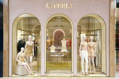 The newly reopened South Coast Plaza La Perla boutique featured the new concept design created by Roberto Baciocchi.