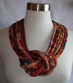 Collar de tela africana de Paintedthreads por paintedthreads2