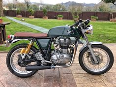 Royal Enfield Continental GT black megaton