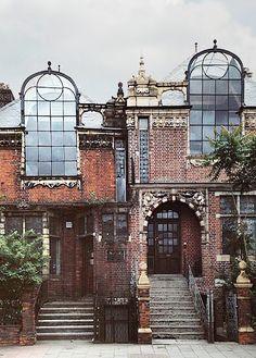Frederick Wheeler (1853–1931) | St Paul's Studios (1890) | Hammersmith, London, England