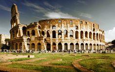Con una larga e interesante historia a sus espaldas, Roma es una ciudad que atrae visitantes de todo el mundo gracias a sus impresionantes monumentos y restos arqueológicos procedentes de la Antigüedad. Existen infinidad de razones para visitar Roma, enamorarse de la ciudad y desear volver a ella. La gastronomía y su animado ambiente son algunas de ellas. #fidgeters #roma #viaje