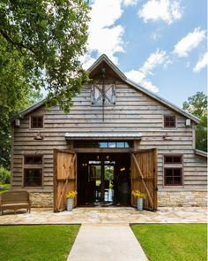 Heritage Barns - Building, restoring, and moving barns vintage barns to select properties.
