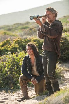 John Silver and James Flint - Luke Arnold and Toby Stephens in Black Sails…