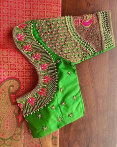 Cutwork Blouse Designs, Kids Blouse Designs, Simple Saree Designs, Mirror Work Blouse Design, Stylish Blouse Design, Designer Blouse Patterns, Saree Blouse, Maggam Works, Embroidery Patterns